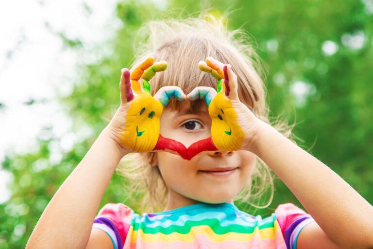 estudiar el master en pedagogía montessori para educar a los niños